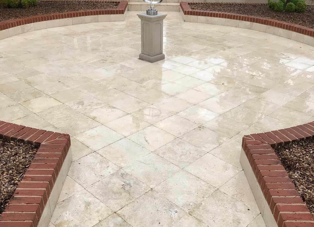 Pressure Washing <br> Patio & Drive Cleaning